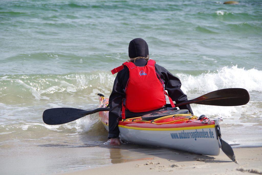 Seekajak Rügen, Kajakstart vom Strand aus